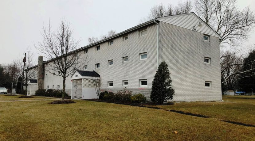 17927 Leona Ave, Maugansville, MD 21767